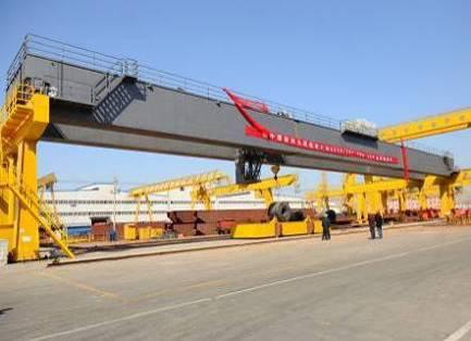 中核工业70m跨度门式起重机
