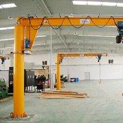 定柱旋臂吊起重机