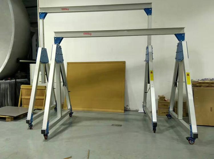 500kg铝合金手推龙门架应用案例